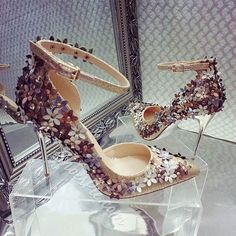 Shoespie Flower Glitter Ankle Strap Bridal Shoes