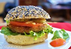 Hambúrguer de Lentilha com Arroz