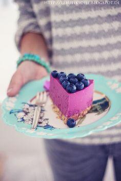 Blaubeer Lavendel Quark Torte