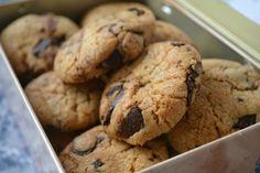 Cookies aux shuncks de chocolat noir by Laura Todd