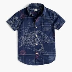 Just like Dad's Secret Wash shirting, this comfy cotton style—covered in a cool, slightly more casual map print—is a year-round go-to. It's supersoft thanks to our top-secret wash process (if we told you any more than that, it wouldn't be a secret!) and preshrunk for a perfect fit—so no surprises after the first cleaning. <ul><li>Cotton.</li><li>Button-down collar.</li><li>Chest pocket.</li><li>Machine wash.</li><li>Import.</li><li>Online only</li></ul>