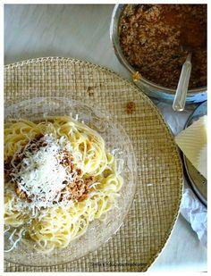Stella's Κουζινομπερδέματα: Μακαρόνια με Κιμά http://stellamark.blogspot.com/2014/09/blog-post_24.html