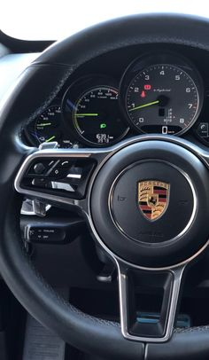 Black Porsche, Porsche 911, Mercedes Sports Car, Mercedes Benz, My Dream Car, Dream Cars, Foto Snap, Macan S, Best Luxury Cars