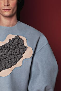 """MOTOGUO FW 2015 """"A LITHO ODD"""" LOOKBOOK LOOK 11 BUBBLES FLOAT ON YOUR BIG JUMPER + SMILEY PANTS IN CHECKS DETAILS"""
