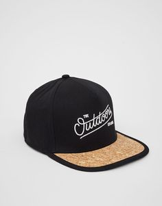 You can find our offer in Pull&Bear. Jordan Cap, Hats For Big Heads, Dope Hats, Pull N Bear, Snapback Cap, Hats For Men, Mens Fashion, Streetwear, Space