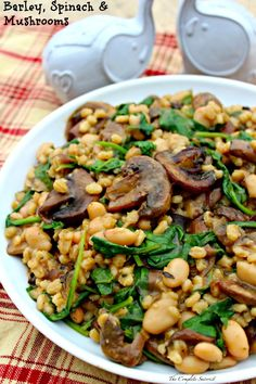 Barley Spinach and Mushrooms - Seasoned cooked barley stirred into sautéed mushrooms, caramelized onions, and white beans, finished with parmesan cheese with a hint of balsamic ~ The Complete Savorist Veggie Dishes, Veggie Recipes, Diet Recipes, Side Dishes, Vegetarian Recipes, Cooking Recipes, Healthy Recipes, Healthy Oils, Gluten Free Recipes