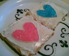 Valentine's Day Snack: Graham Crackers with Icing and Sugar Hearts