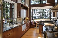 Cool Modern Wooden House Design in Lopez Island with Asian Style - Home Design and Home Interior Modern Wooden House, Wooden House Design, Modern Kitchen Design, Interior Design Kitchen, Kitchen Designs, Kitchen Contemporary, Contemporary Design, Modern Design, Cozy Kitchen