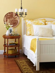 Lovely yellow and white bedroom. Summer Whites | Summer Whites & Yellow | Summer Yellows | Summer Whites Maternity | Summer Whites Style | Summer Whites Pregnancy Style | White and Yellow | Summer Chic | Summer Fashion | Summer Style