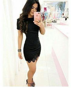 Short black dress and sandals Classy Outfits, Sexy Outfits, Sexy Dresses, Dress Outfits, Cool Outfits, Casual Outfits, Short Sleeve Dresses, Dress Skirt, Bodycon Dress