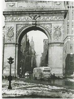Washington Square Arch looking north circa 1940