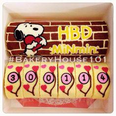 Snoopy Paint Roll Cake^_^ รับทำ Roll Cake ตาม Order ค่ะ ที่ ร้านอาหาร Bakeryhouse 101 Sukhumvit101/1