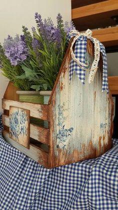 Fotografije na zidu zajednice – fotografije Primitive Crafts, Wood Crafts, Diy And Crafts, Decoupage Box, Decoupage Vintage, Wood Projects, Craft Projects, Projects To Try, Wooden Crates