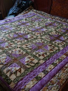 Gorgeous quilting by Charismah of Quilting Board