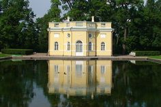 Pushkin Palace, outside St. Petersburg.  #monogramsvacation