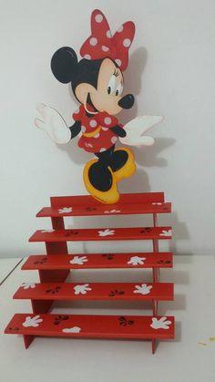 Porta cupcakes da Minnie, feito por mim para Naiara.