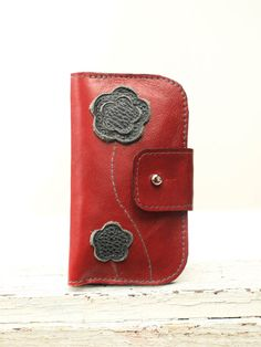 Leather iPhone Wallet iPhone 4 s / iPhone 5 / Retro Modern Poppy Red  Flowers iPhone Case. $58.00, via Etsy.