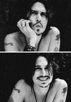 Very rarely do you see a photo of Johnny Depp smiling like this. Johnny Depp Fans, Young Johnny Depp, Here's Johnny, Tim Burton, Jonh Deep, Beautiful Boys, Beautiful People, Gorgeous Men, Captain Jack Sparrow