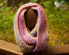 Free crochet infinity scarf - great for using self striping yarn :)