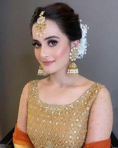 Click on Visit for Video - Full Video on Youtube Pakistani Girl, Pakistani Actress, Muslim Fashion, Indian Fashion, Aimen Khan, Asian Bridal Dresses, Sister Wedding, Dream Wedding, Famous Celebrities