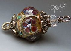 Lovely lampwork bead.