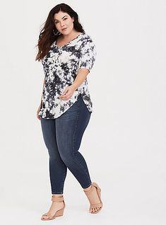 Plus Size Women S Clothing Madison Wi Curvy Girl Outfits, Curvy Girl Fashion, Casual Outfits, Fashion Outfits, Womens Fashion, Fashion Hacks, Fashion Goth, Moda Plus Size, Plus Size Tops