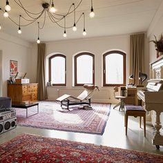 Clouds Hill Recordings Hamburg Rothenburgsort features one of the most versatile collections of vintage gear available in Europe on 600 m2.