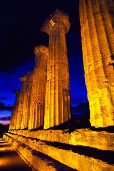 Columns of the Temple of Hercules, Agrigento, Sicily, Italy #agrigento #sicilia #sicily #sicile