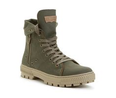 Levi hi-top canvas boots army color Men's Shoes, Shoe Boots, Shoes Men, Army Colors, Urban Cowboy, Fashion 2015, Mens Fashion, Boots Online, Military Fashion