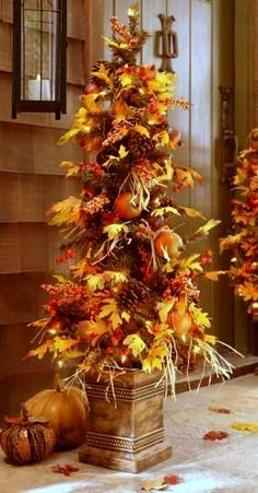 Fall is my ABSOLUTE favourite season! Now that it has arrived, you might be inspired to try some DIY fall decor ideas in your home. There are several various ways it's possible to decorate for Fall that the inspiration is… Continue Reading → Autumn Decorating, Porch Decorating, Decorating Ideas, Fall Outdoor Decorating, Fall Decor Outdoor, Harvest Decorations, Thanksgiving Decorations Outdoor, Fall Decorations For Outside, Deco Floral