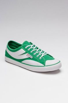 Green trainer