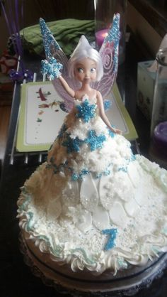 Periwinkle fairy cake for Frankie