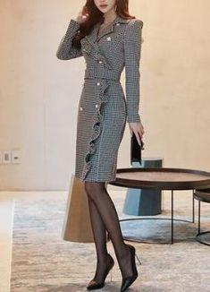 Dress cortos encaje 35 super Ideas - - Dress cortos encaje 35 super Ideas Source by hendrikneels Trendy Dresses, Elegant Dresses, Nice Dresses, Casual Dresses, Short Dresses, Fashion Dresses, Dress Long, Dame Chic, Corporate Fashion