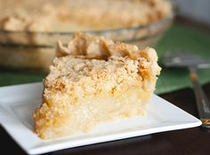 Vanilla Crumb Pie ( or SnickerDoodle Cookie in Pie form). From Tasty Kitchen Amish Recipes, Pie Recipes, Dutch Recipes, Meatloaf Recipes, Yummy Recipes, Pie Dessert, Eat Dessert First, Dessert Ideas, Sour Cream