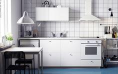 [IKEA BUSINESS]  Trebaš kuhinju za apartman? Kuhinja METOD omogućuje vam stvoriti tisuće različitih kombinacija te iskoristiti svaki centimetar prostora. Neovisno o tome koliko je malen vaš prostor ili budžet, KNOXHULT kuhinja je dostupna brojnim definiranim kombinacijama, a pruža sve osnovne kuhinjske funkcije. www.IKEA.hr/kako_kupovati_kroz_IKEA_BUSINESS_program
