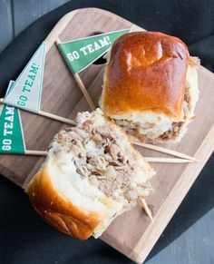 Tender shaved steak, fried onions and mushrooms, melty cheese and a buttery toasted bun make these sliders a delicious choice for game day. Free printable pennants make them fun! Philly Cheese Steak Sliders, Slider Rolls, Slider Recipes, Easy Bread, Fried Onions, Cheesesteak, Free Printable, Breakfast Recipes, Fries