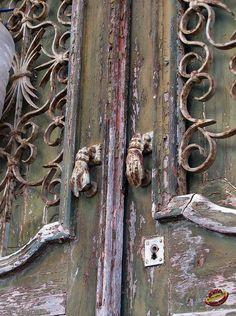 hand door knockers portugal