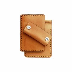 Men's Gift Set   Prim Object Leather Craft designs and handmade minimalist leather wallets for men and women. Made in USA.