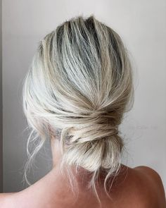 """Jody Callan Hair on Instagram: """"Signature bun 🤍 Cannot wait to create your wedding hairstyle this one is always a fave ! Brides to be please email Enquiries to :…"""" Half Up Half Down Short Hair, Wedding Hairstyles Half Up Half Down, Side Hairstyles, Short Wedding Hair, Wedding Hair Flowers, Wedding Hairstyles For Long Hair, Headband Hairstyles, Vintage Hairstyles, Prom Hairstyles"""