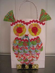 http://www.cuteable.com/wp-content/uploads/2008/08/owl-bag.jpg
