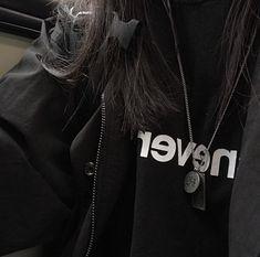 𝓐𝓮𝓼𝓽𝓪𝓻𝓻𝓲𝓾𝓼 ` ☆*:・゚; Aesthetic Grunge Outfit, Night Aesthetic, Summer Aesthetic, White Aesthetic, Aesthetic Photo, Aesthetic Girl, Aesthetic Pictures, Flower Aesthetic, Estilo Indie