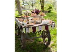 #mariage #champetre #buffet #campagne #jardin Photo : Style Me Pretty sur Pinterest