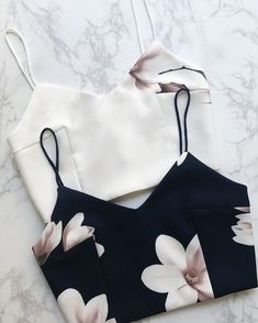 Pin by syd on crop tops одежда, женская одежда, укороченные топы. Summer Outfits, Casual Outfits, Cute Outfits, Semi Formal Outfits, Dress Formal, Teen Fashion, Fashion Outfits, Womens Fashion, Vetement Fashion