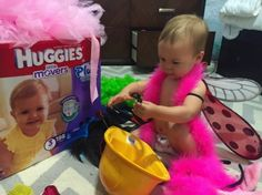 Fussy costumes? Cold weather? Pressure to keep up with the big kids? Turn the tricks of a toddler Halloween into treats by celebrating all month long!  Partnered with @Huggies Little Movers Plus Diapers (available only at @Costco) on tips for preparing your toddler for Halloween.
