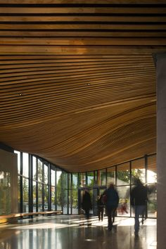 Van Dusen Botanical Garden Visitor Centre in Vancouver by Perkins + Will