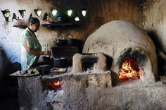 Succulent Outdoor, Open Fire Cooking, Off Grid House, Ancient Chinese Architecture, Outdoor Kitchen Patio, Grill Oven, Adobe House, Kitchen Stove, Earthship