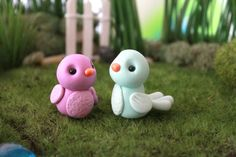 Polymer Clay Bird - Miniature Bird - Mini Clay Bird - Fairy Garden Accessory - Terrarium Accessory – Bird Sculpture – Garden Decoration