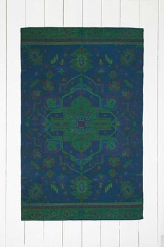 Overdyed 4x6 Rug in Dark Blue - Urban Outfitters