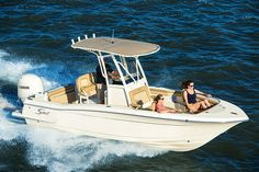 Scout 215 XSF  Boats            Scout's 215 XSF offers excellent fit and finish and a smooth, stable ride.       Scout's 215 XSF offers excellent fit and finish and a smooth, stable ride.  http://www.boatingmag.com/scout-215-xsf-0?dom=rss-default&src=syn