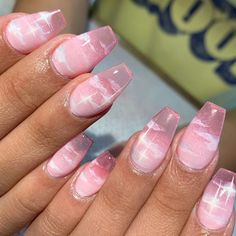 In look for some nail designs and ideas for your nails? Here's our list of must-try coffin acrylic nails for fashionable women. Summer Acrylic Nails, Best Acrylic Nails, Aycrlic Nails, Swag Nails, Coffin Nails, Freundin Tattoos, Kawaii Nails, Fire Nails, Dream Nails